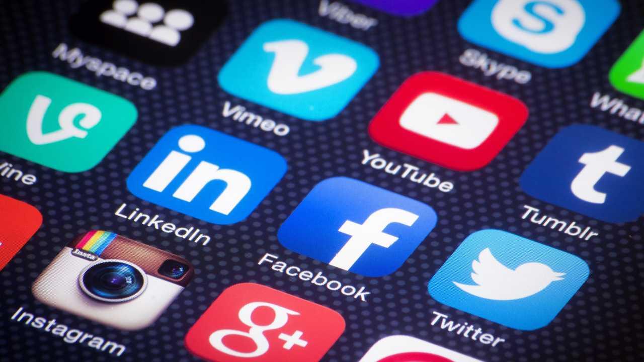 Social Network Week